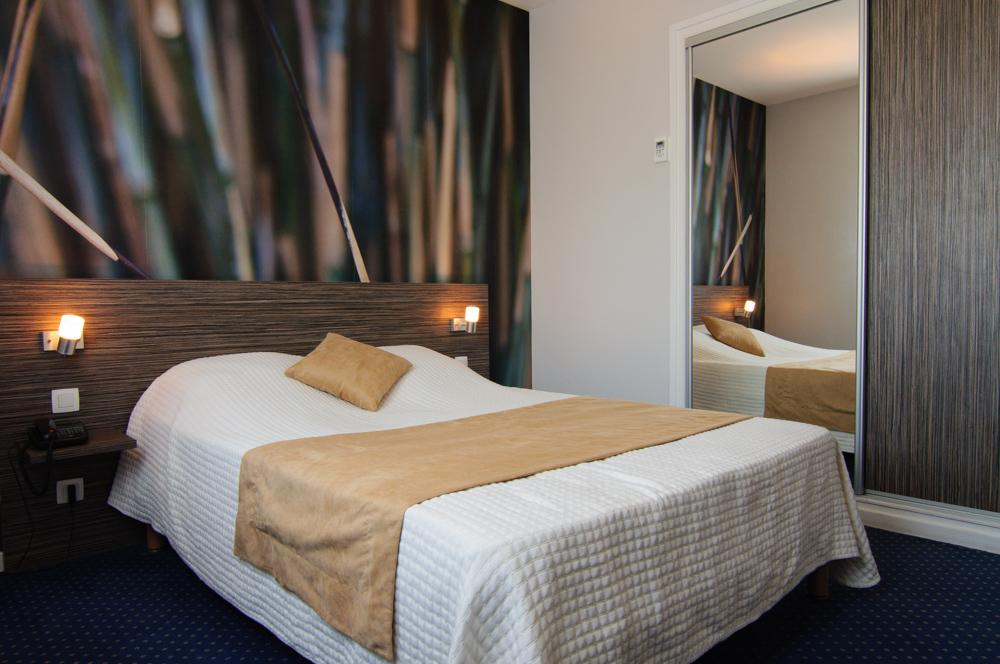 chambre quotbambouquot hotel dauly lyon bron
