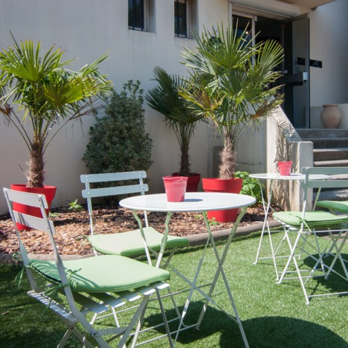 Terrasse parking hotel dauly lyon bron - Terras amenagee ...